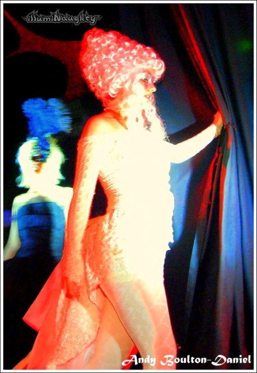 illumiNaughty Stefanie Elrick Dancer Artist Performer (20)